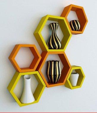 Hình ảnh 2 bộ kệ lục giác vàng cam