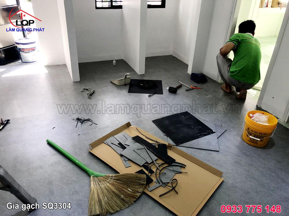 https://lamquangphat.vn/uploads/san-nhua-2019/gia-da-SQ3304/lot-san-nhua.jpg